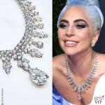 GG19 Lady Gaga abito Valentino Haute Couture collana Tiffany Aurora