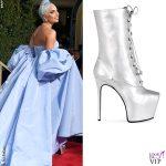GG19 Lady Gaga abito Valentino Haute Couture scarpe Giuseppe Zanotti
