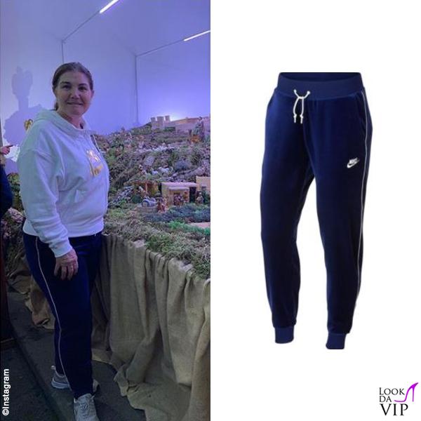 Maria Dolores dos Santos Aveiro outfit Nike 10