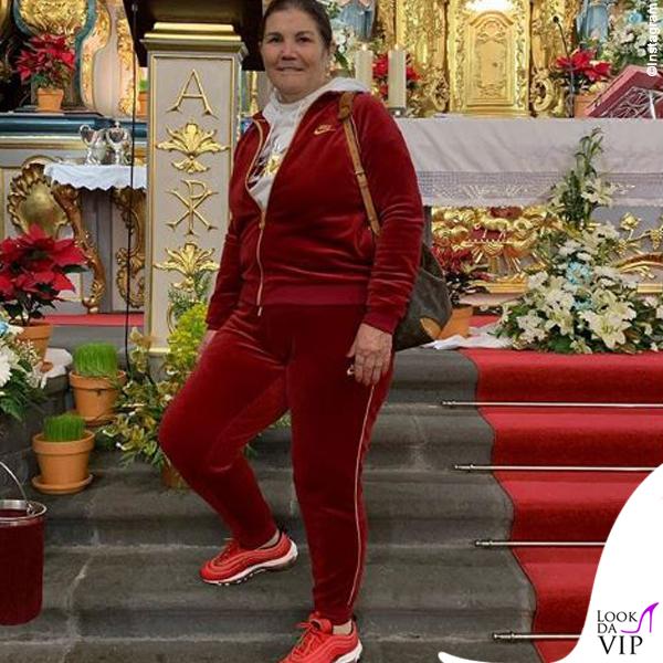 Maria Dolores dos Santos Aveiro outfit Nike 3