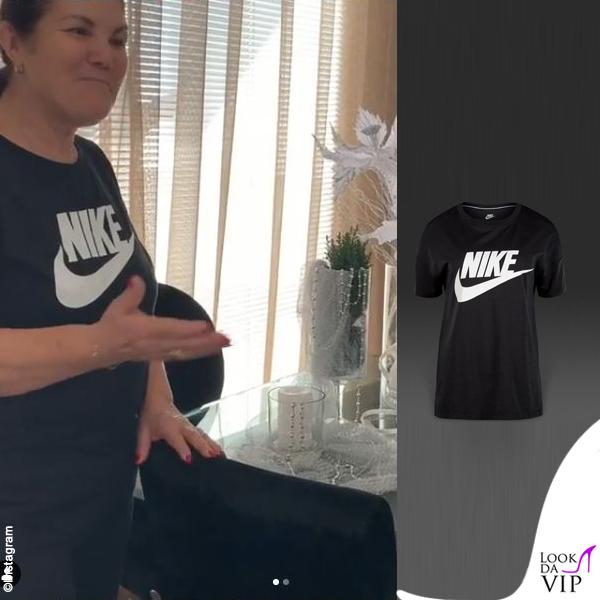 Maria Dolores dos Santos Aveiro outfit Nike 5