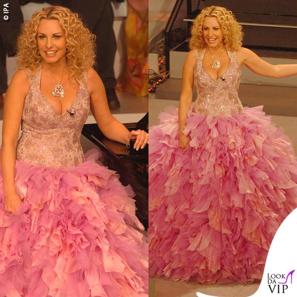 Antonella Clerici Sanremo 2005 abito Gai Mattiolo