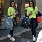 Elisabetta Gregoraci sneakers Balenciaga bracciali Cartier Anita Ko e Dior borsa Hermes 3
