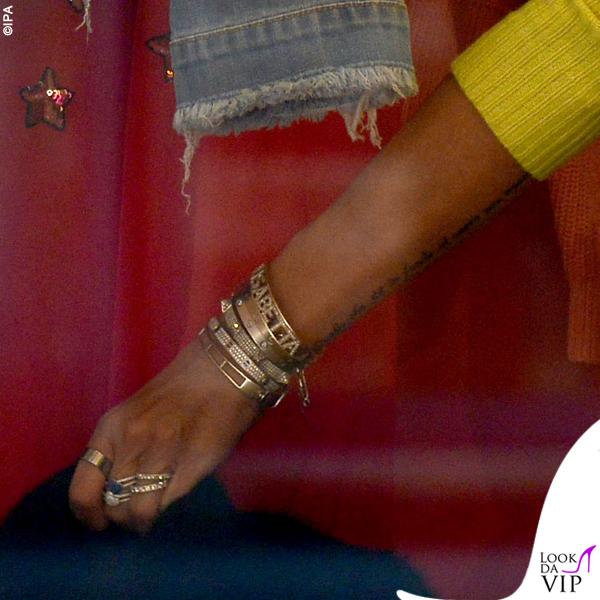 Elisabetta Gregoraci sneakers Balenciaga bracciali Cartier Anita Ko e Dior borsa Hermes 8