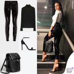 Georgina Rodriguez pantaloni Versace zaino Chanel dolcevita Zara sandali Saint Laurent 4