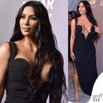 Kim Kardashian amFAR abito Versace 2