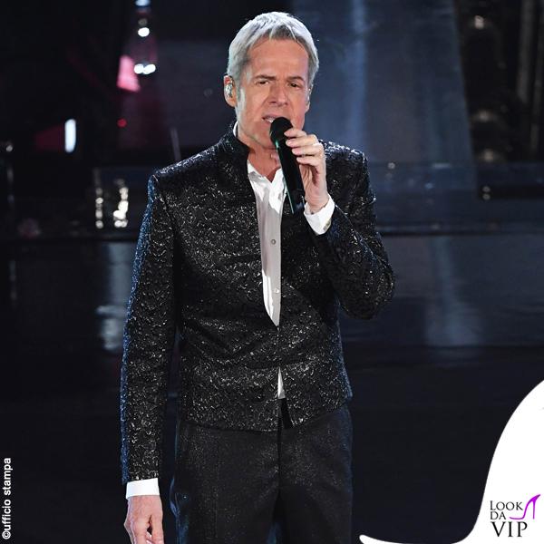 Sanremo 2019 quarta serata Claudio Baglioni outfit Ermanno Scervino 2