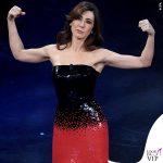 Sanremo 2019 quinta serata Virginia Rafaele abito nero rosso paillettes Armani Prive