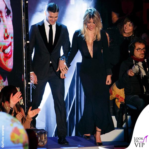 Wanda Nara e Mauro Icardi C'è posta per te outfit Armani 6