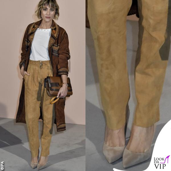Anna Foglietta scarpe nude
