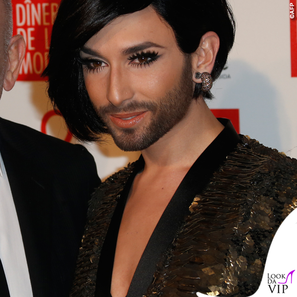 Conchita-Wurst-Sidaction-Gala-Dinner-abito-Jean-Paul-Gaultier