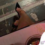 Isola ottava puntata Alessia Marcuzzi outfit Versace 4