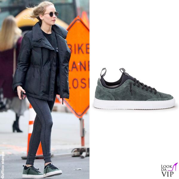 Jennifer Lawrence sneakers P448 2