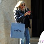 Mara Venier shopping Hogan