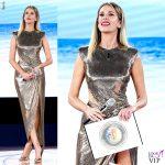 Alessia Marcuzzi Isola Finale vestito Versace