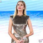 Alessia Marcuzzi Isola Finale vestito Versace 4