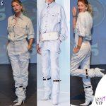 Alessia Marcuzzi presentazione Isola total look Versace SS19