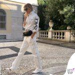Alessia Marcuzzi total look denim bianco Versace