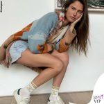 Bianca Balti giacca Alanui calze High Heel Jungle Socks sneakers Hide and Jack