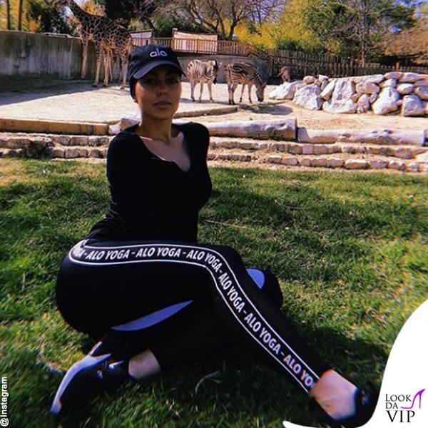 Georgina Rodriguez total look Alo Yoga 10