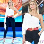 Isola terza puntata Alessia Marcuzzi outfit Versace