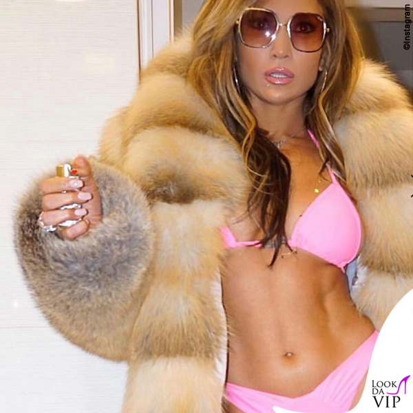 Jennifer Lopez bikini I Am Gia