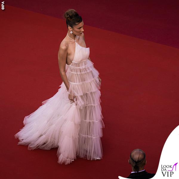 Bella Hadid terza serata abito Dior gioielli Bulgari 3