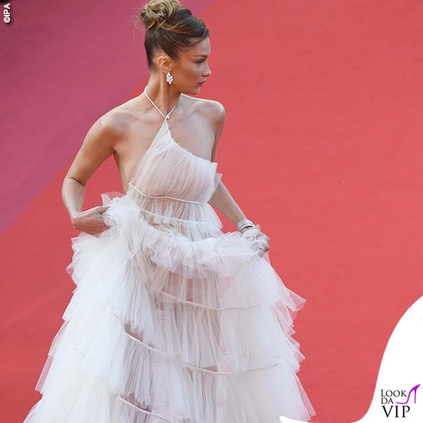 Bella Hadid terza serata abito Dior gioielli Bulgari 4
