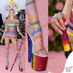 Cara-Delevinge-MET-2019-outfit-Dior-unghie