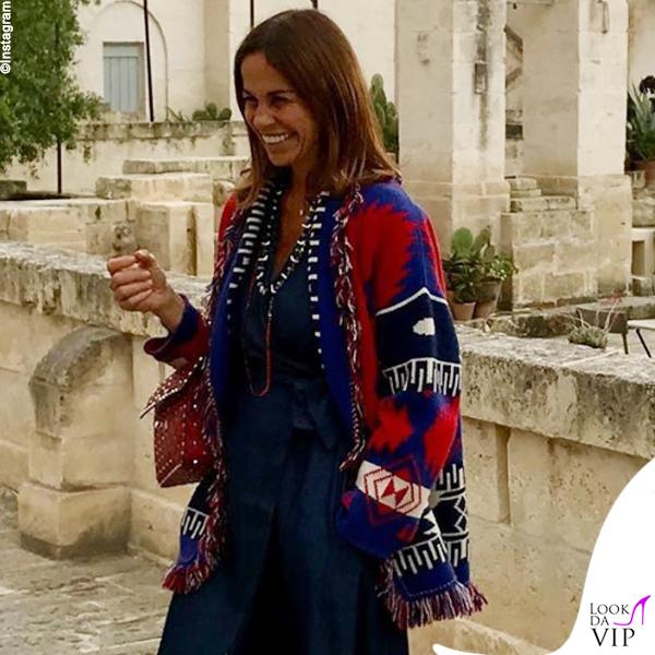 Cristina-Parodi-giacca-Alanui-borsa-Valentino