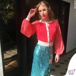 Emma Roberts maglia e gonna Elisabetta Franchi platform Brian Atwood 2