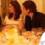 Keira Knightley James Righton incinta outfit Chanel