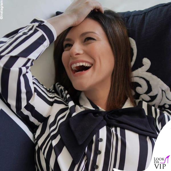 Laura Pausini camicia Raquel Orozco
