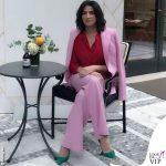 Luisa Ranieri tailleur Stella McCartney scarpe Jimmy Choo
