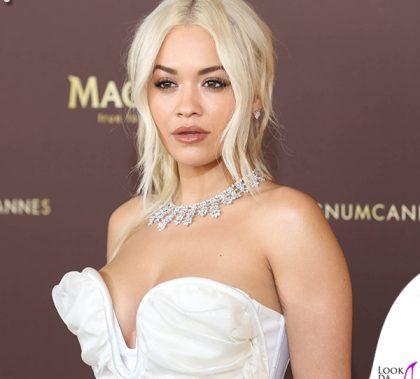 Rita Ora Cannes 2019 gioielli Chopard abito Vivienne Westwood scarpe Gina 1