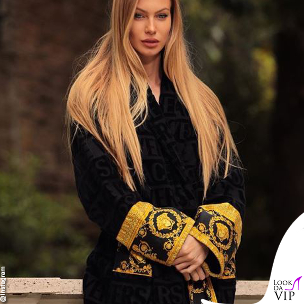 Taylor Mega vestaglia Versace 2