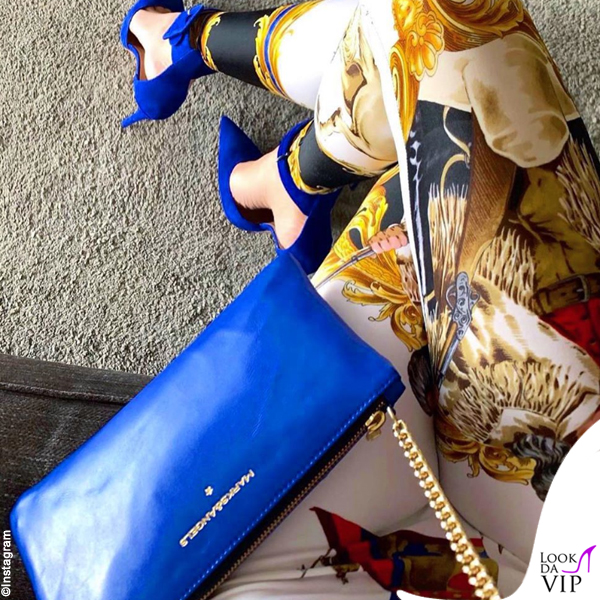 Alessia Marcuzzi leggings Versace borsa Marks and Angels