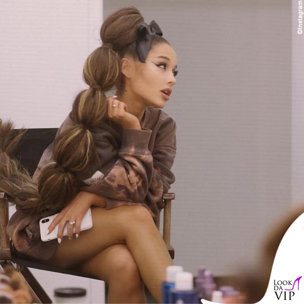 Ariana Grande parrucca 2