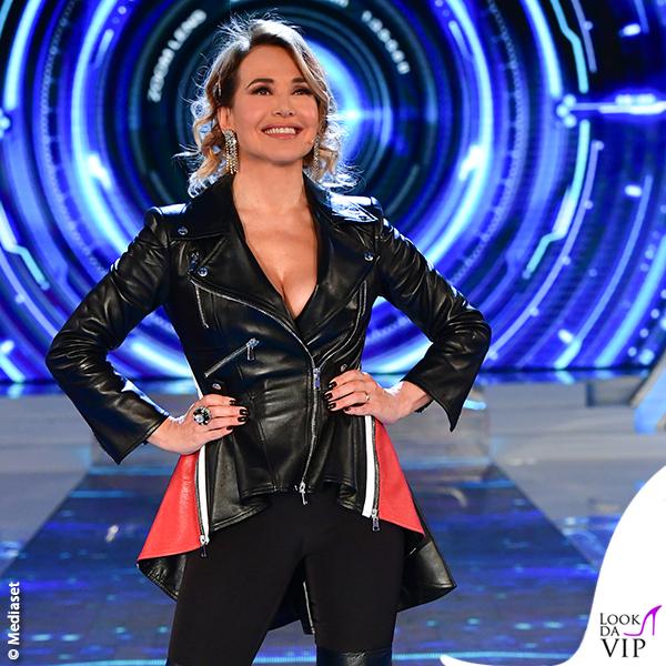 Barbara d'Urso GF 5 puntata giacca Alexander McQueen 1