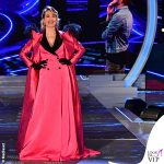 Barbara d'Urso GF 8 puntata total look Stefano De Lellis 2