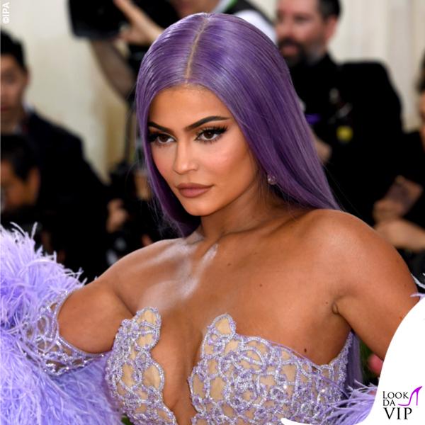 Kylie Jenner parrucca 3