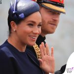 Meghan Markle Trooping the Colour outfit Givenchy cappello Noel Stewart 2