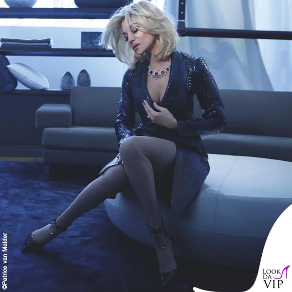 Monica Bellucci Soon Magazine fotografo Patrice van Malder trench Azzedine Alaia gioielli Cartier 2