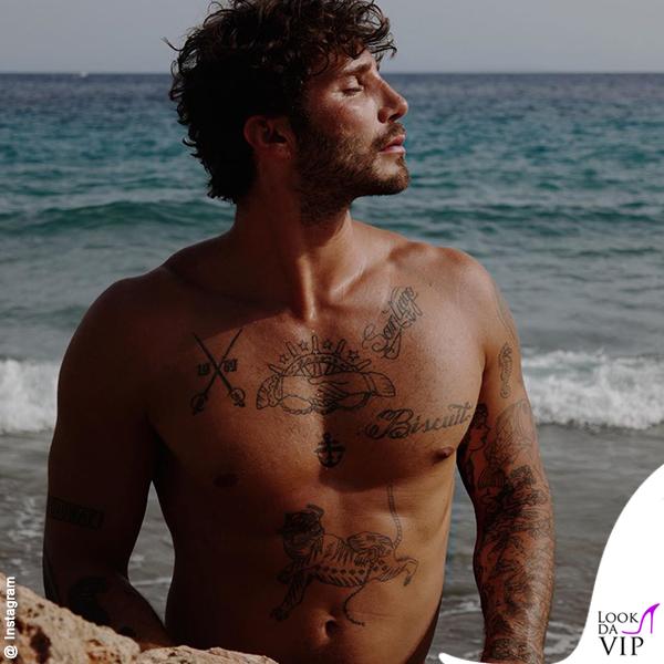 Stefano De Martino Ibiza tatuaggi