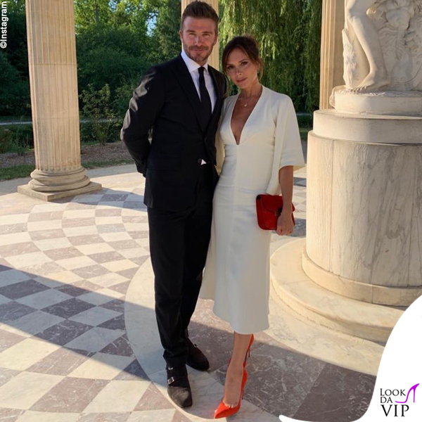 Victoria e David Beckham anniversario Versailles abito Victoria Beckham 2