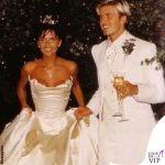 Victoria e David Beckham matrimonio abiti Vera Wang e Timothy Everett 2