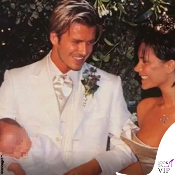 Victoria e David Beckham matrimonio abiti Vera Wang e Timothy Everett 3