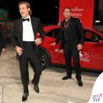 Brad Pitt total look Brioni auto Lexus 2