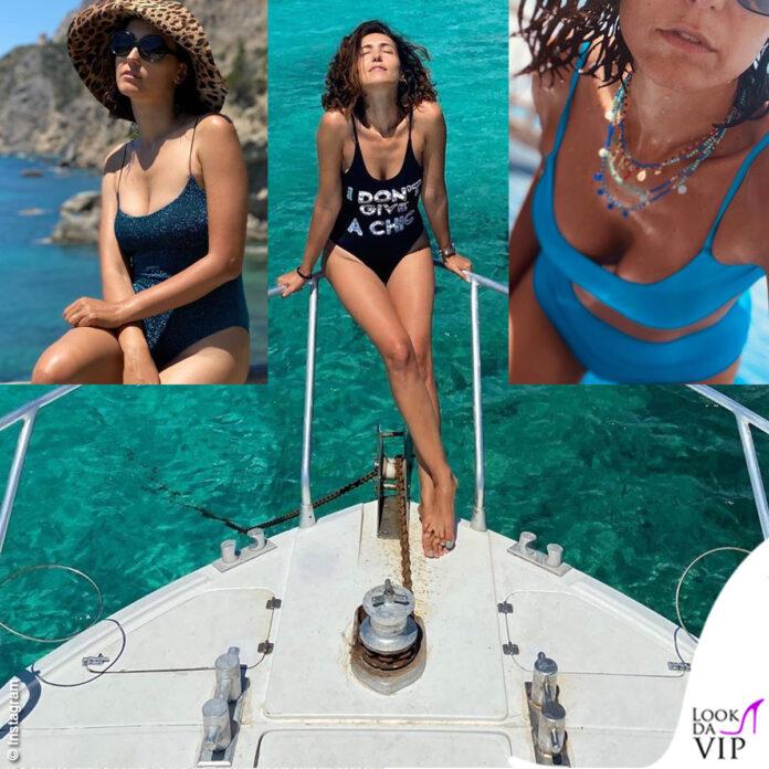 Caterina Balivo estate intero Sand House of Mua Mua bikini Mermazing