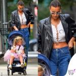 irina shayk a spasso con la figlia a new york